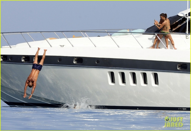 Eva Longoria Shows Off Her Bikini Body On A Boat
