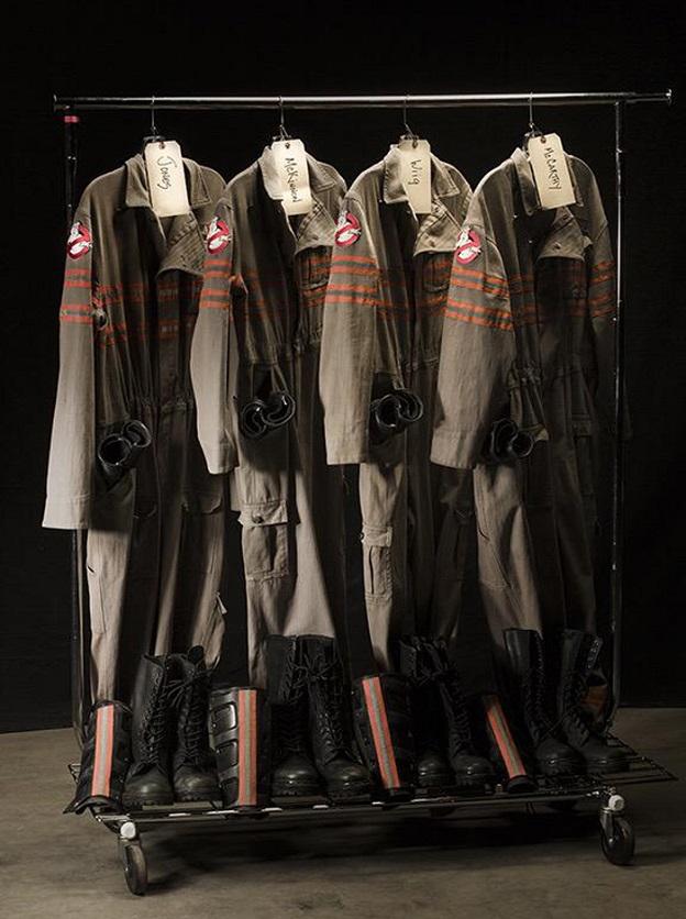 Режиссер Пол Фиг показал костюмы новых «Охотников за привидениями»