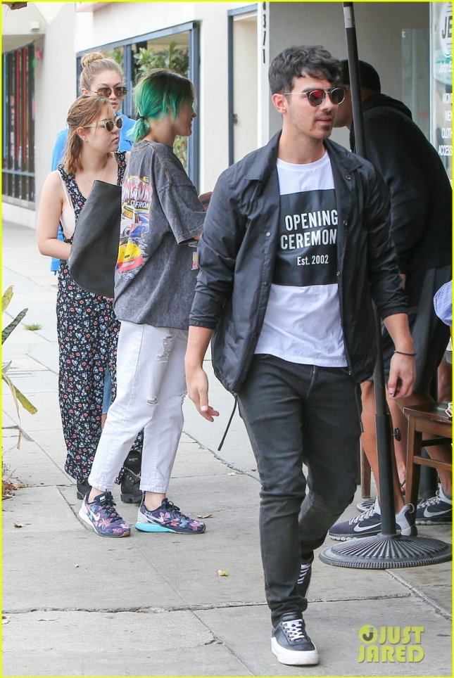 Gigi Hadid and boyfriend Joe catch up with Nick Jonas at Kings Road Cafe **USA ONLY**