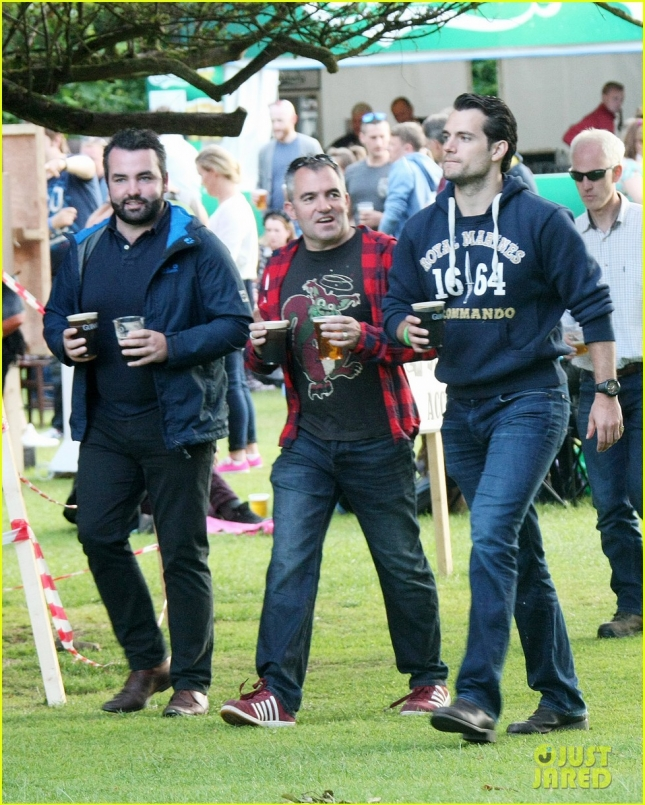 Henry Cavill downs the pints at The Groove Music Festival **USA ONLY**