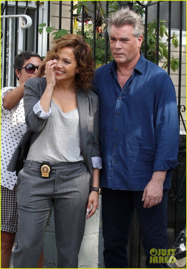 Jennifer Lopez and Ray Liotta fight the heat with laughter on set **USA ONLY**