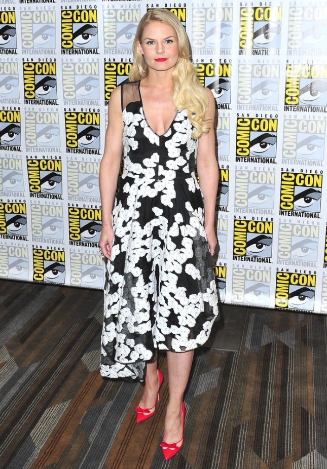jennifer-morrison-comic-con-2015-02