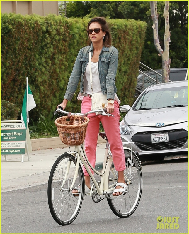 Exclusive... Jessica Alba Enjoys A Bicycle Ride In Malibu
