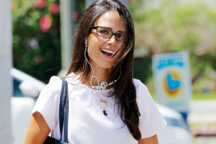 jordana-brewster-returns-home-after-family-vacation-in-mexico-10
