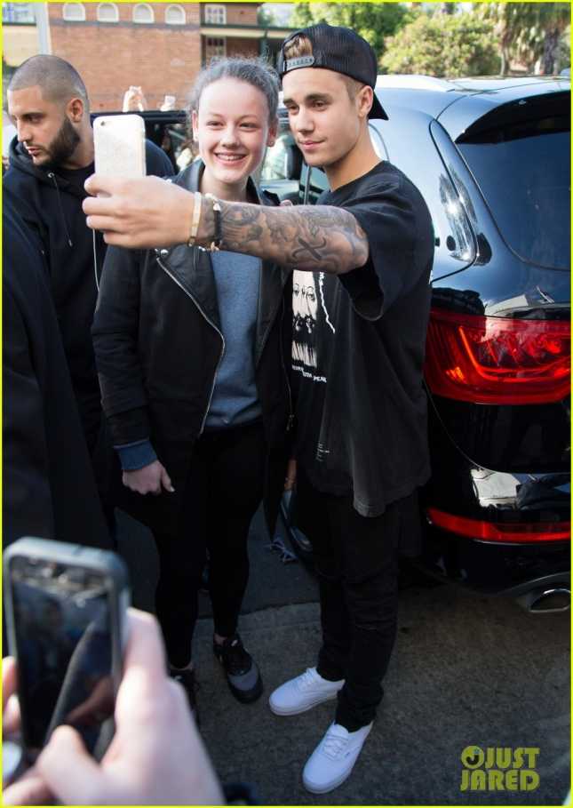 Justin Bieber Greets Fans Outside Of His Hotel