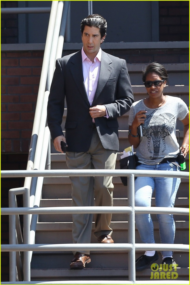 David Schwimmer films with his on screen 'little Kardashians'