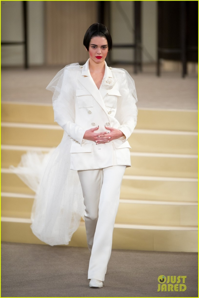 Kendall Jenner shines on the Chanel Couture Catwalk **USA ONLY**