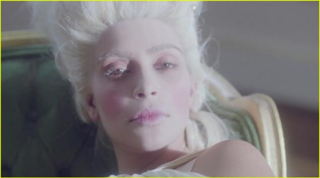 kim-kardashians-hype-energy-film-07