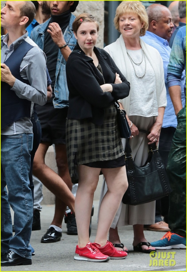 "Lena Dunham Films ""Girls"""