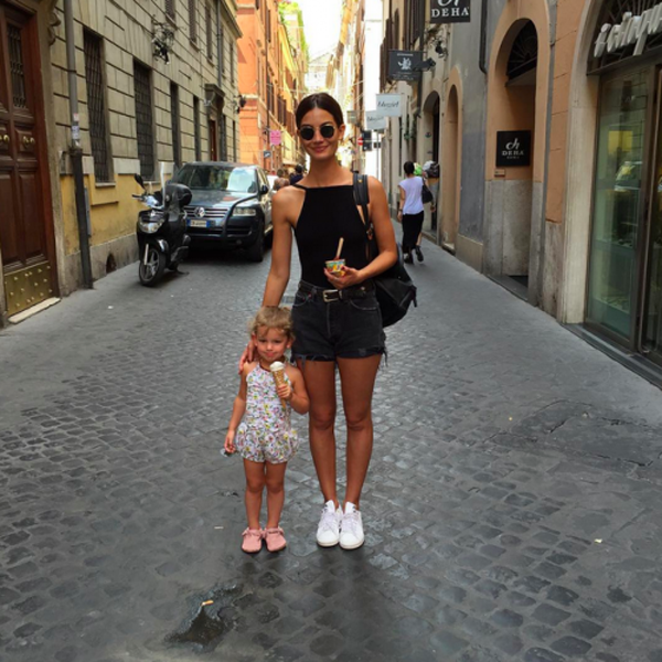lily-aldridge-when-in-rome-500x500