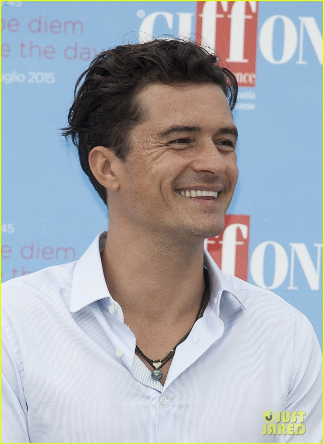 Orlando-Bloom-Recieves-the-Giffoni-Experience-Award05