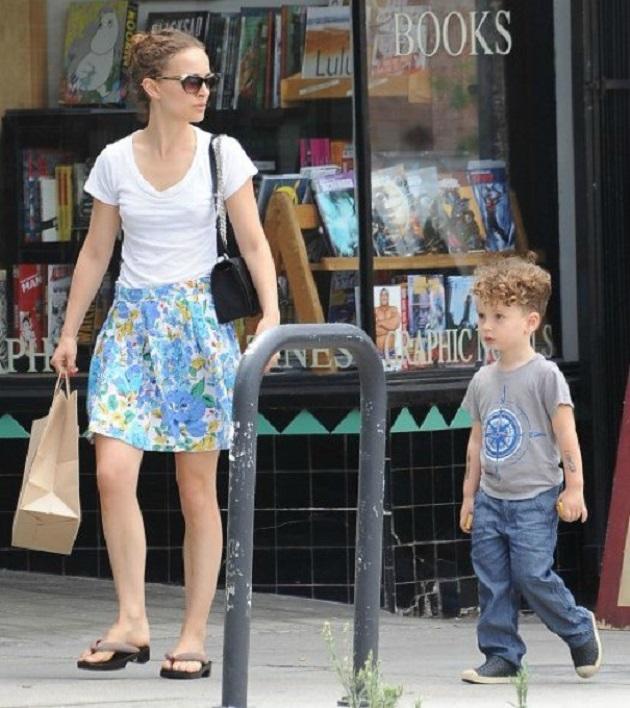 Натали Портман с сыном