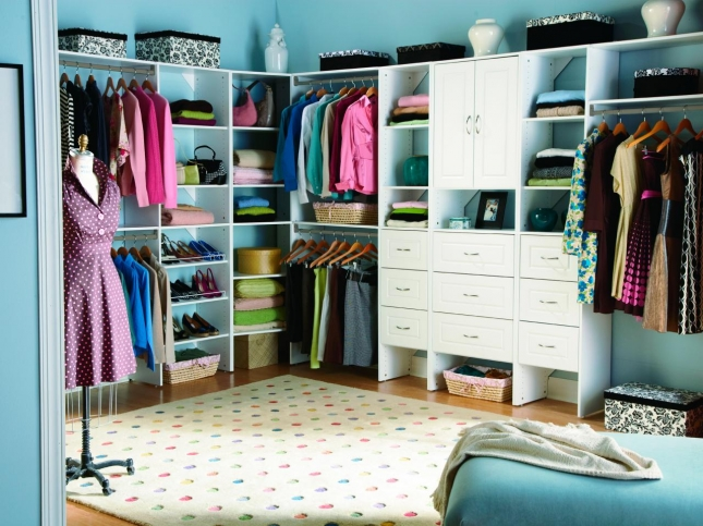 Press-Kits_Closet-Maid-System-white-drawers_s4x3.jpg.rend.hgtvcom.1280.960