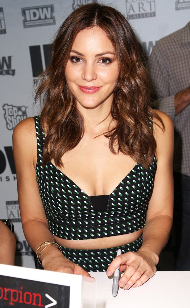 rs_634x1024-150709171316-634.Katharine-McPhee-Comic-Con.ms.070915