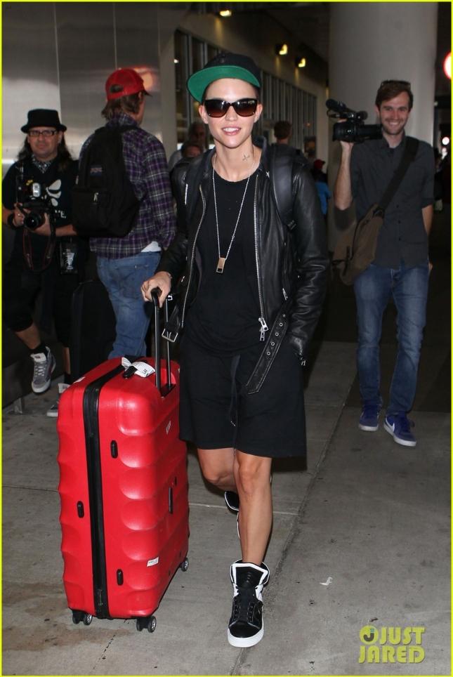 Руби Роуз прилетела в Лос-Анджелес