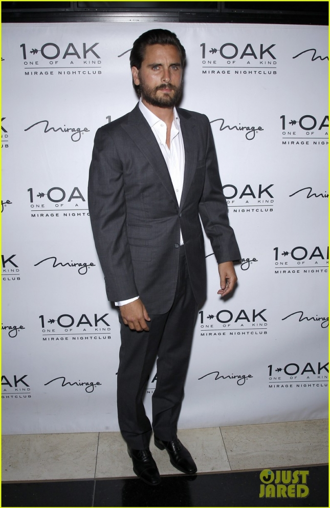 scott-disick-breaks-silence-on-kourtney-kardashian-split-01