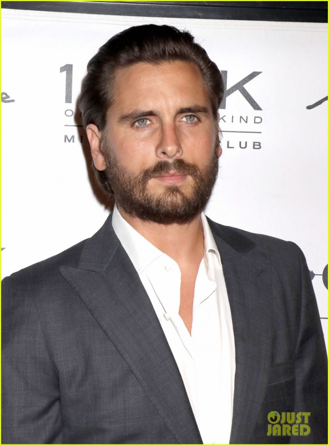 scott-disick-breaks-silence-on-kourtney-kardashian-split-22