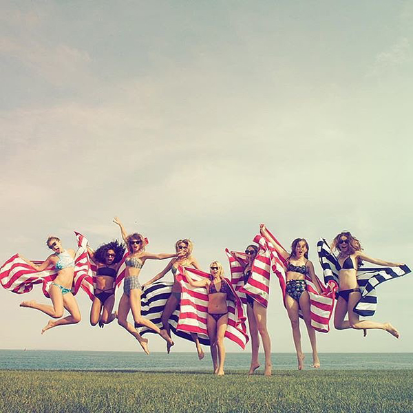 Taylor-added-caption-Happy-4th-from-me-gigihadid-marhunt