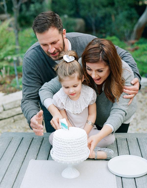 Тиффани с мужем и дочкой