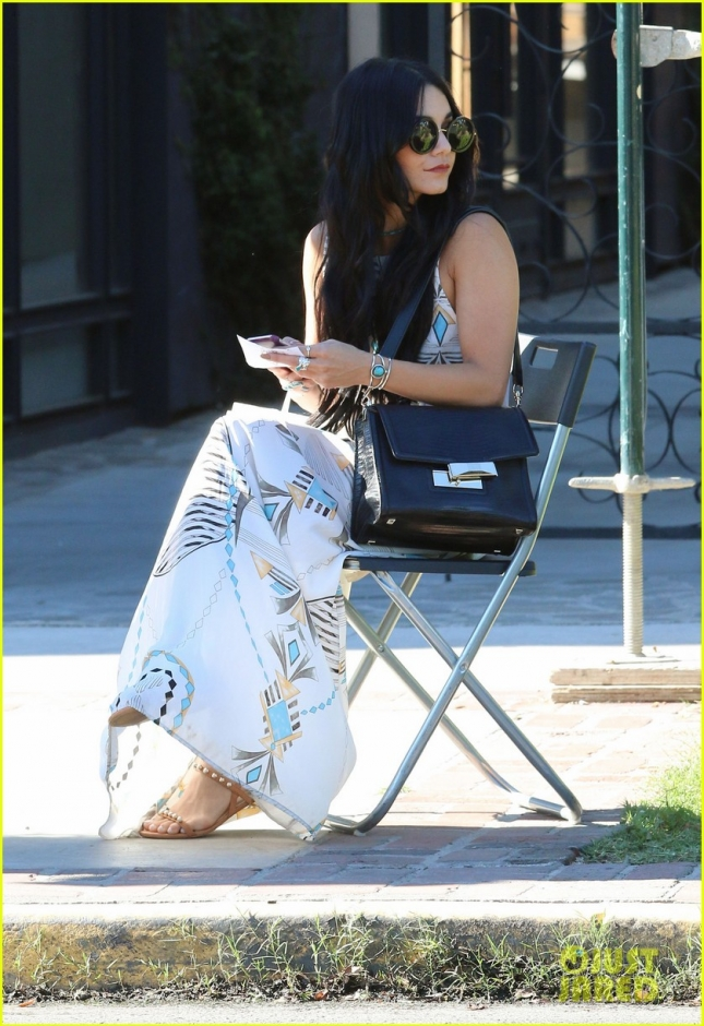 Vanessa Hudgens leaving the hair salon 90210