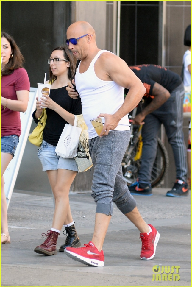vin-diesel-flaunts-big-muscles-after-his-48th-birthday-10