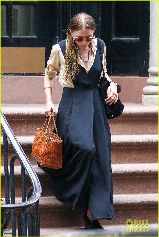 Ashley Olsen gets ready for another day at the office