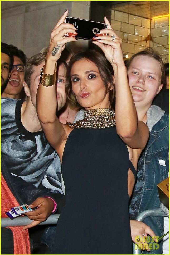 Cheryl Fernandez-Versini greets fans after new fragrance launch **USA ONLY**