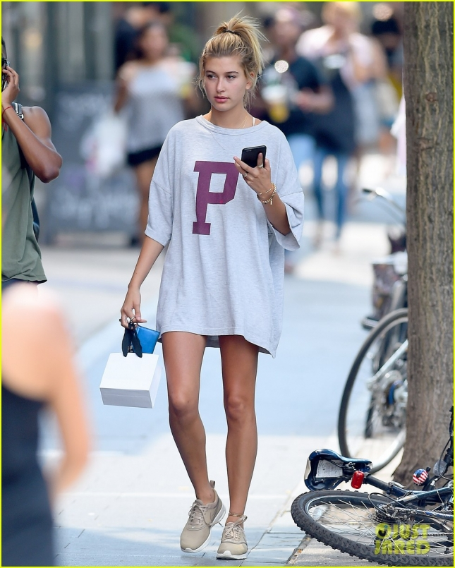 Hailey Baldwin wears a POLO tee shirt in Brooklyn,New York