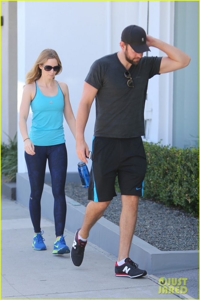 Emily Blunt and John Krasinski get their fitness on