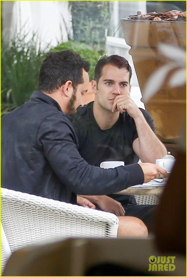 *EXCLUSIVE* Henry Cavill enjoys a cup of Joe before attending his business affairs