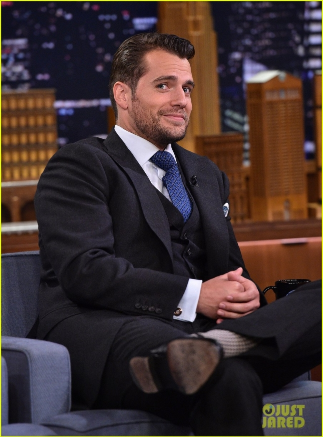 henry-cavill-reveals-supermans-diet-plan-on-the-tonight-show-01