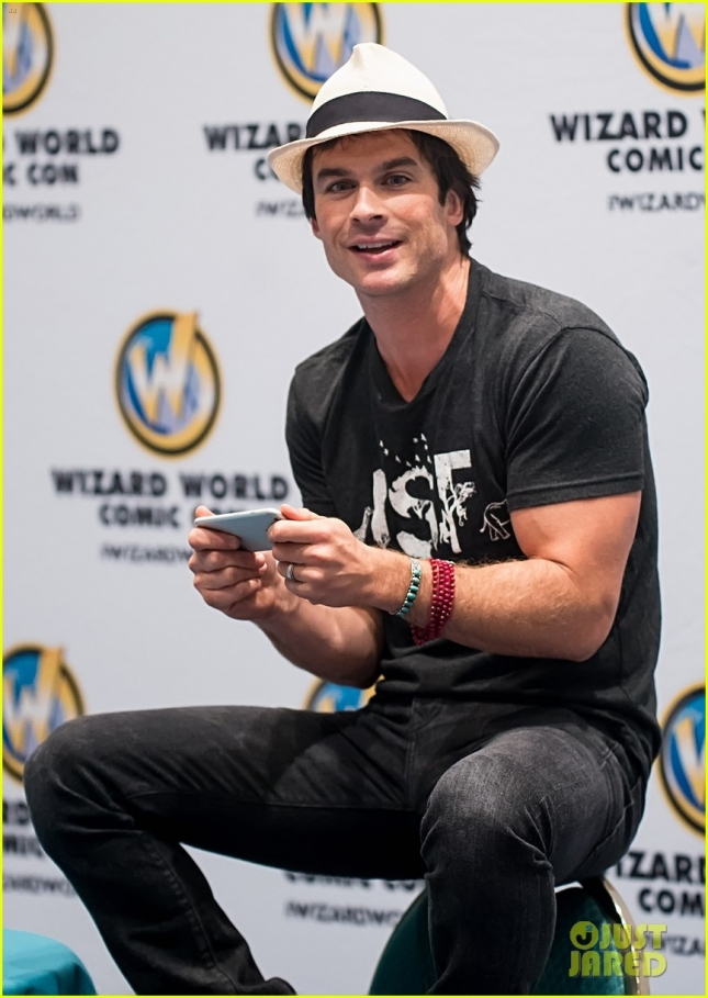 Ian Somerhalder attends day three of 2015 Wizard World Comic Con Chicago