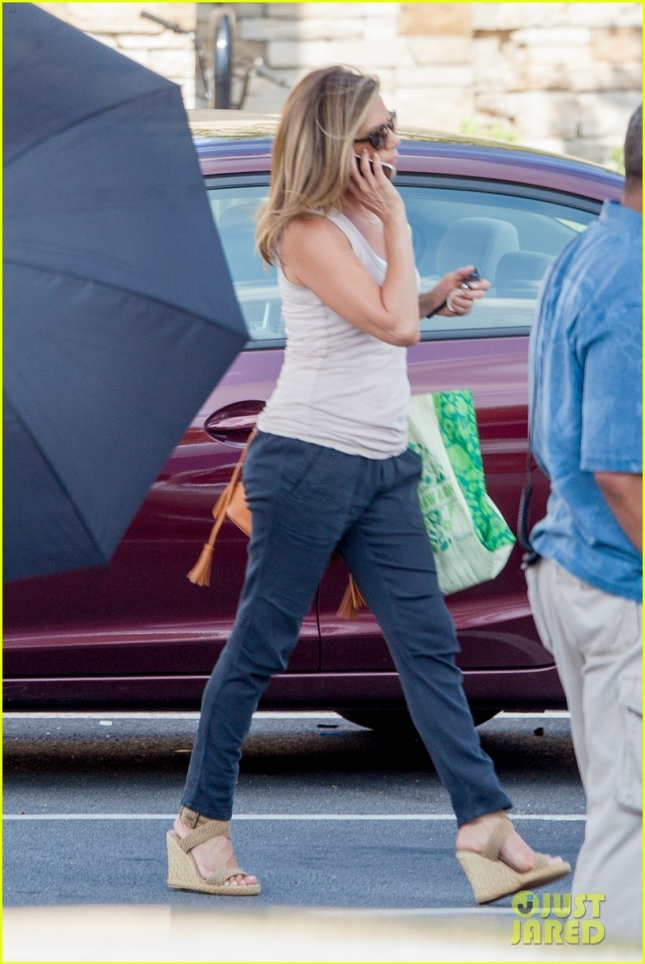 Jennifer Aniston gets back to work in Atlanta