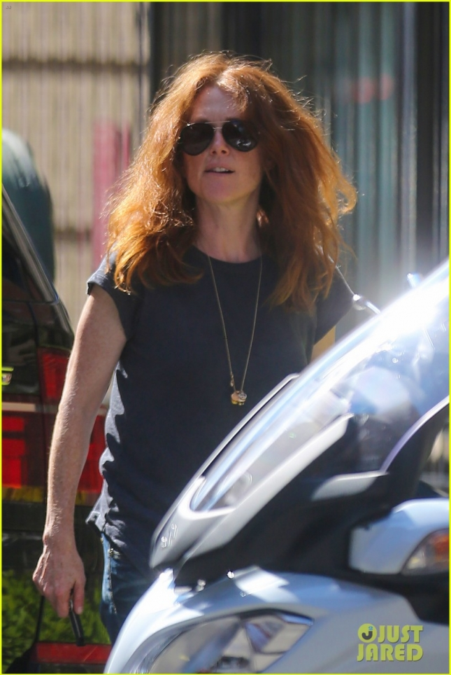 Julianne Moore has a laid back day in the West Village
