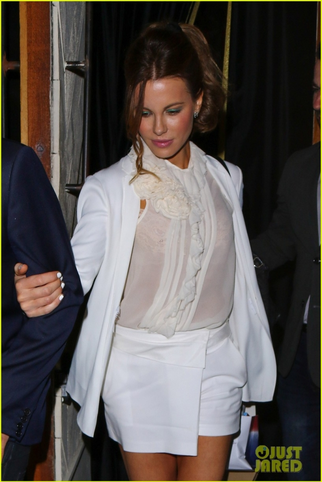 Kate Beckinsale looks chic in all white ensemble at The Nice Guy - Part 2