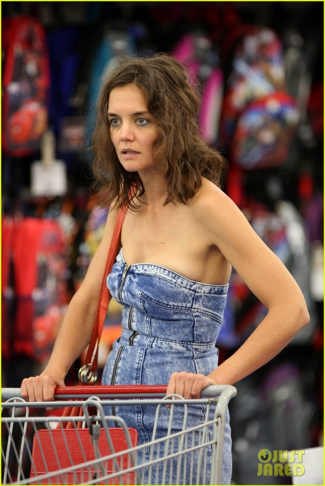 A hungry-looking Katie Holmes shops in Walmart for directorial debut 'All We Had'