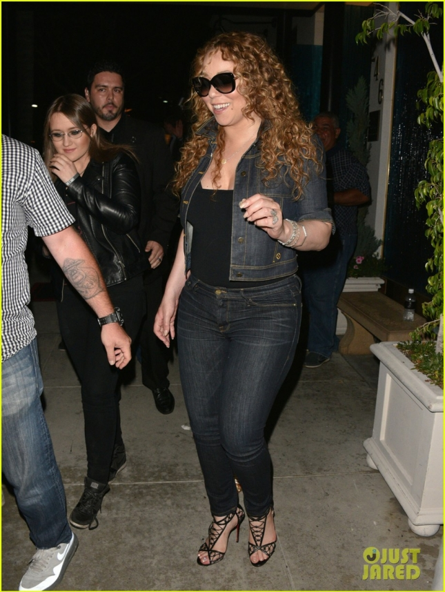 Mariah Carey Dines Out At Mastro's Steakhouse