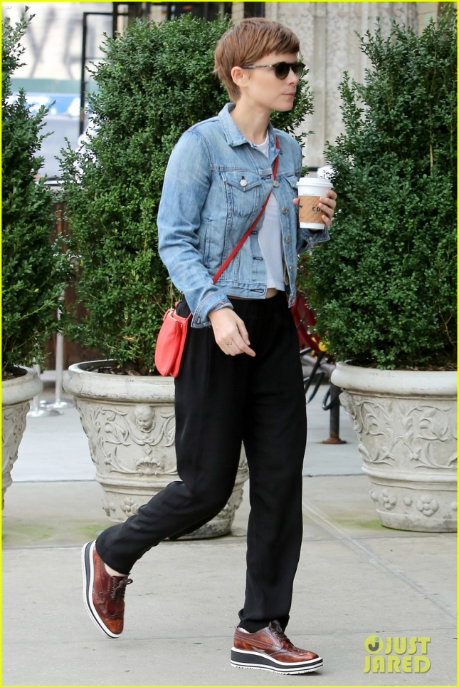 "Kate Mara walks back to the Bowery Hotel with her coffee in NY promoting ""Fantastic Four"""
