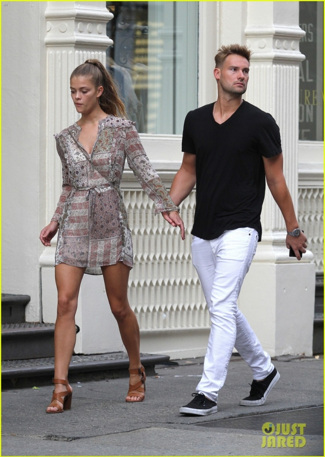 Model Nina Agdal and boyfriend Reid Heidenry hold hands in NYC **USA ONLY**