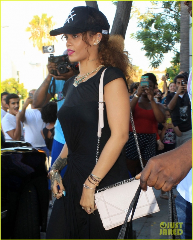 Rihanna Out Shopping In Beverly Hills