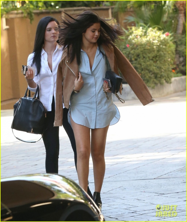 Exclusive... Selena Gomez Out Shopping In Beverly Hills