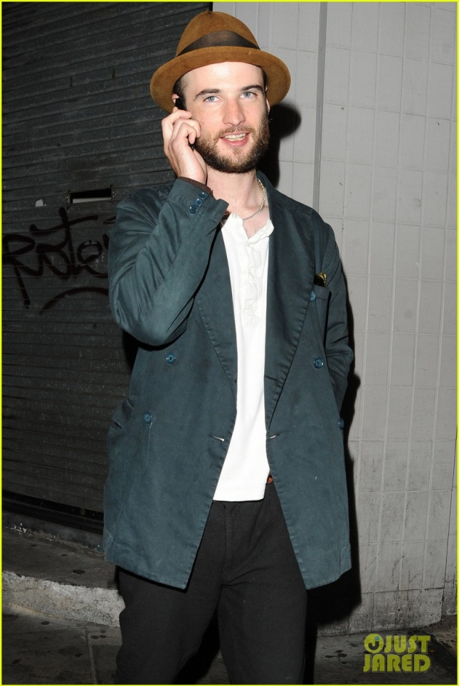 *EXCLUSIVE* Tom Sturridge in London leaving the Groucho club after recent split from Sienna Miller **USA ONLY**