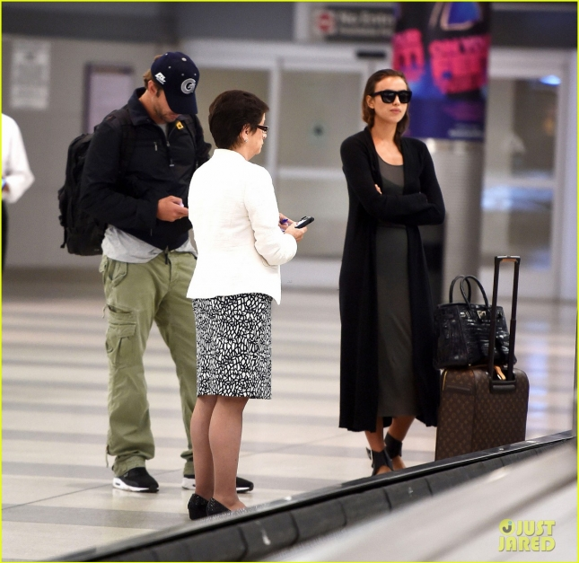 Irina Shayk and Bradley Cooper take their love to NYC **USA ONLY**