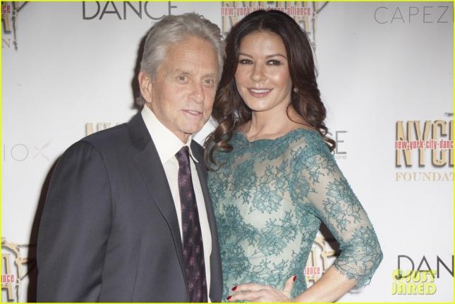 catherine-zeta-jones-michael-douglas-couple-up-at-nyc-dance-alliance-gala-01