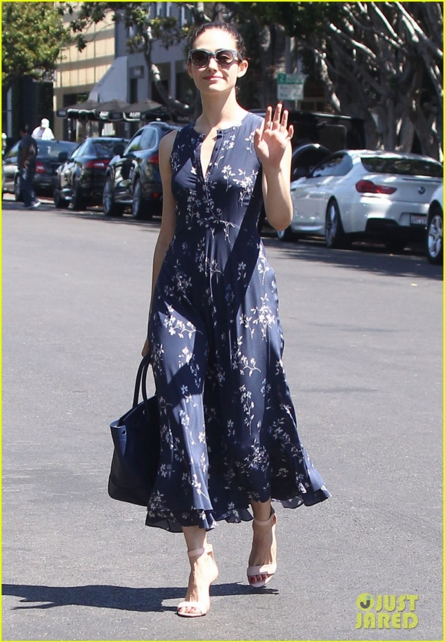 Emmy Rossum Stops By A Hair Salon
