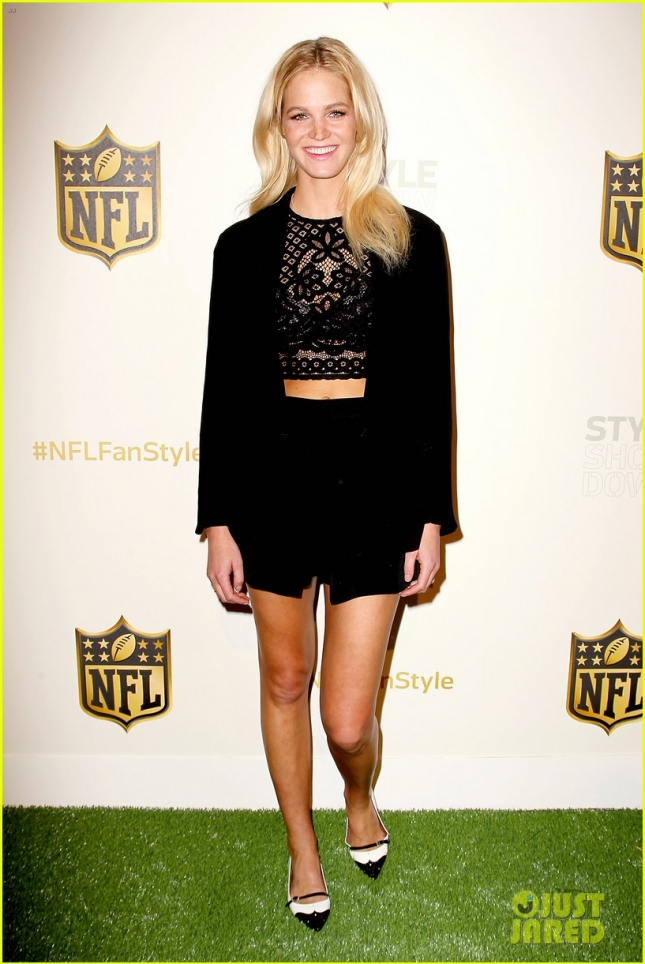 NFL Hosts Style Showdown and Exclusive Unveiling of Super Bowl 50 Apparel
