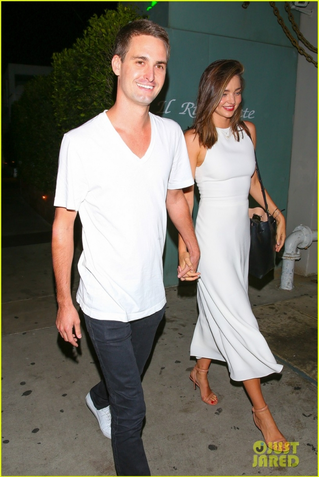 Miranda Kerr and Snapchat billionaire boyfriend Evan Spiegel do dinner