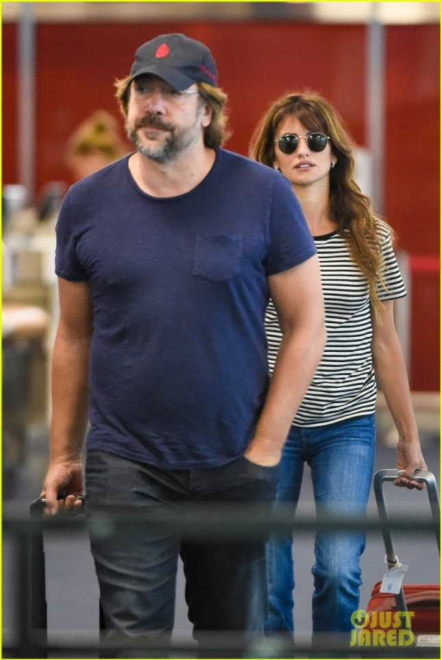 *EXCLUSIVE* Javier Bardem and Penelope Cruz touch down in NYC