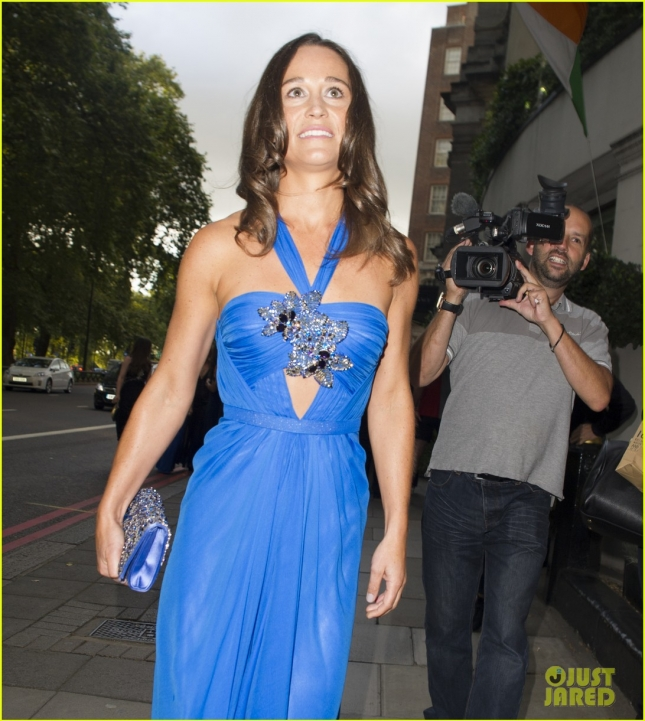 pippa-middleton-broodles-boxing-ball-11