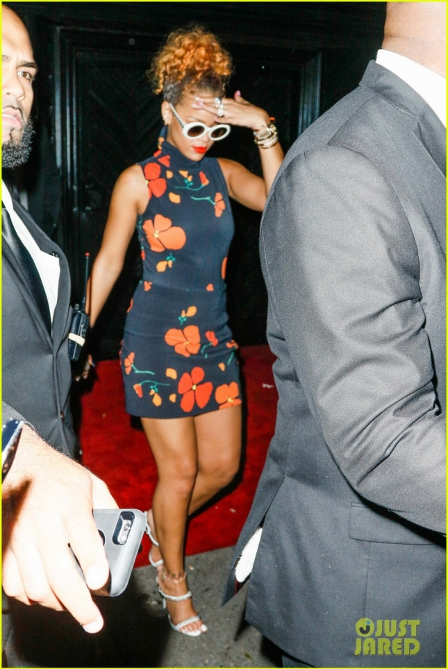 Rihanna Leaves Club Up and Down